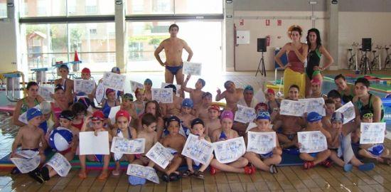 La piscina cubierta despide su temporada con broche de oro acogiendo el I Trofeo de Natación Presidente, Foto 4