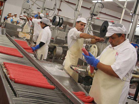 El ministro de Industria, Miguel Sebastián, visitó las instalaciones de ElPozo, Foto 4