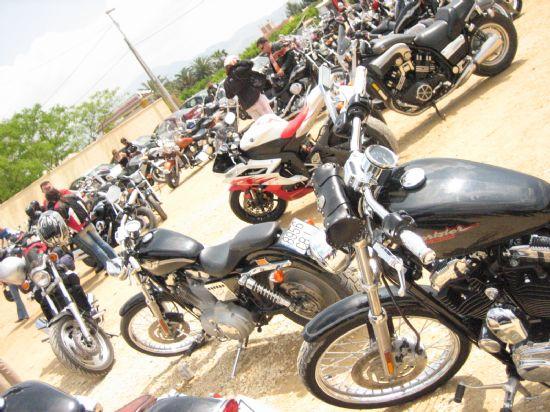 Cientos de motos custom  ya se pasean por Alhama, Foto 2